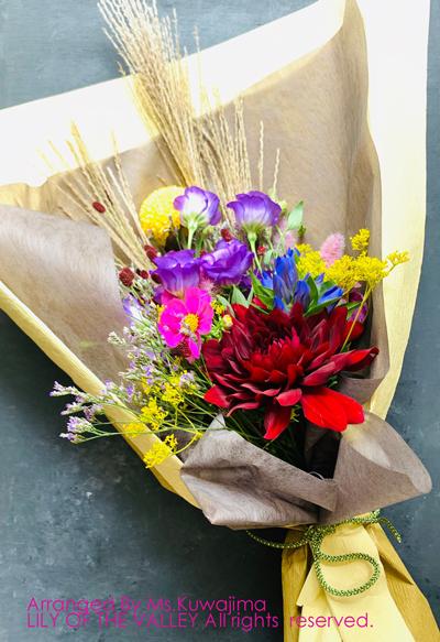 季節の花束クラス 桑島様の作品